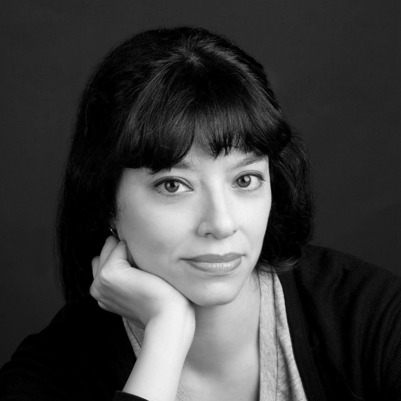 Cynthia Tobar